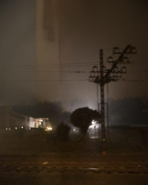 voies ferrées Gaillac dans le train photo couleur de Guy Monnet de la série Murmure de lumière